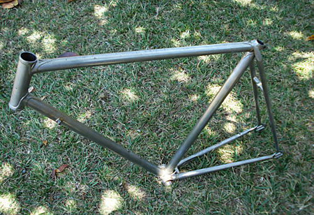 1980-teampro-raleigh-frame-stripped_radpropaganda