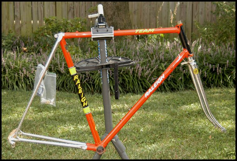 team raleigh road 58cm frameset